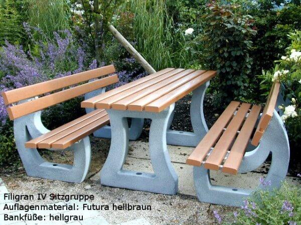 Kunststoff-Sitzgruppe-Filigran-IV-Futura-hellbraun
